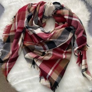 Accessories - Fall/Winter Scarf
